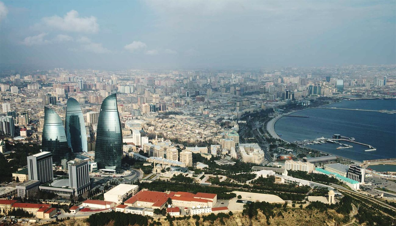 Traveling Azeri The Traveler - 2015 EyeEm Awards Azerbaijan Baku City World Caspian Sea