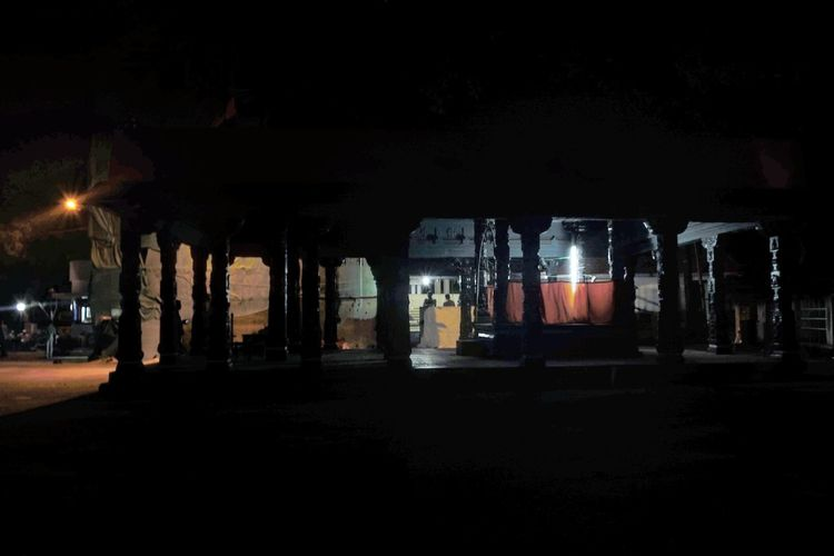 Illuminated Built Structure Architecture Outdoors Dark Lit Temple - Building Nightphotography Nightlife Nikon D5200 Nikonphotography Trivandrumdiaries Keraladiaries Randomshot