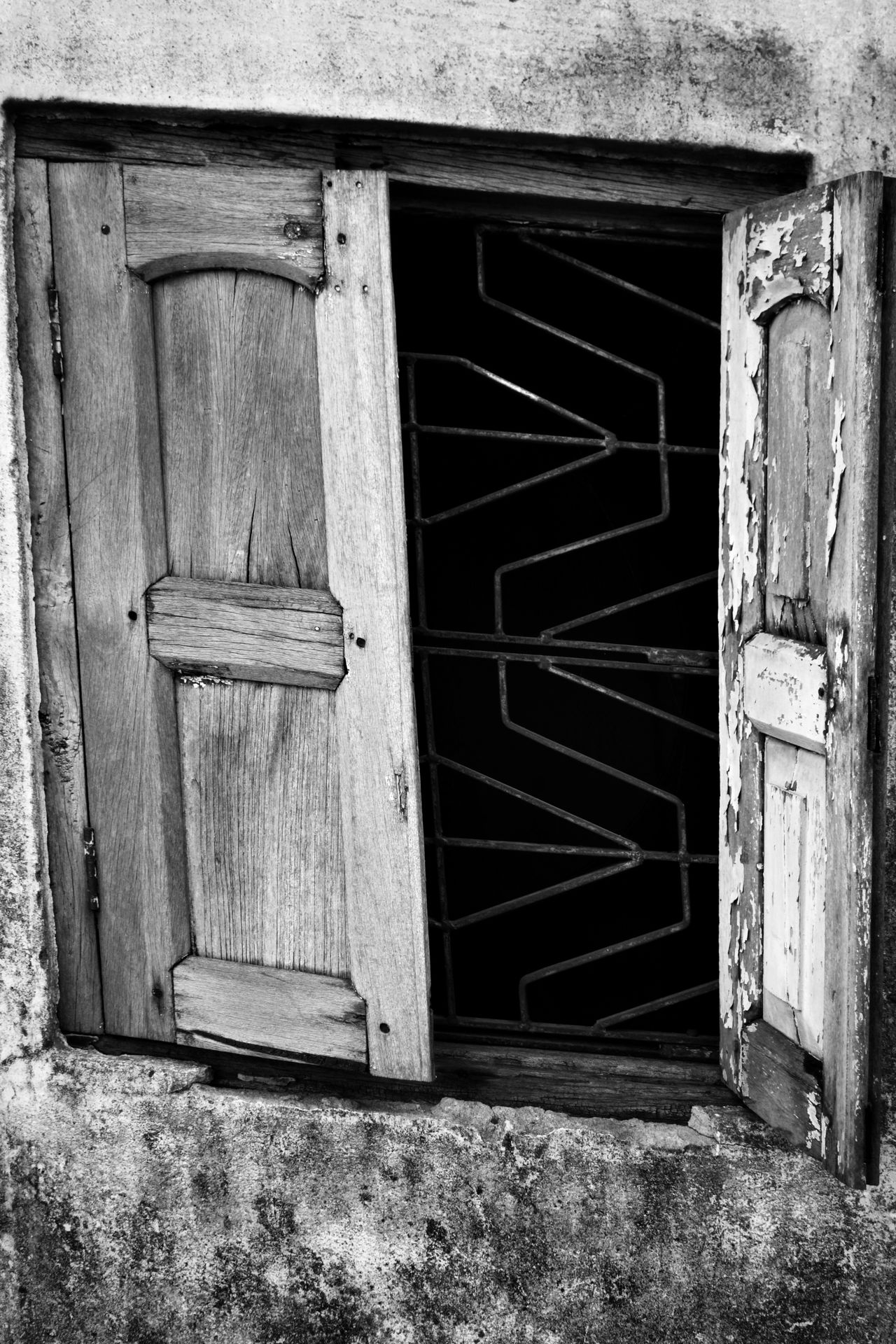 Built Structure Architecture House Building Exterior Door Outdoors No People Day Ajar Travel Destinations Transportation Real People Steps And Staircases Window Arts Culture And Entertainment Horizontal One Person Traditional Clothing Architecture Architecture And Art Full Length Tranquility The Way Forward Fresco Land Vehicle