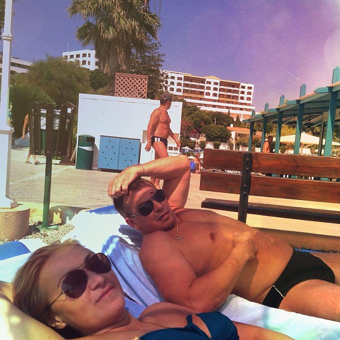 Любимые загорают) 1 день) солнце печет) +30 Aldemar Beach Sea ☀☀👍