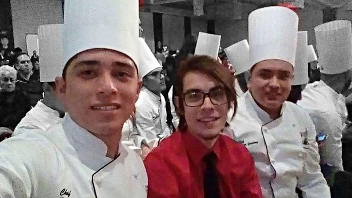 Prom Graduation Graduacion Chef Licenciado  😚 Cookordie 2016 UAD Chihuahua Instagram YPaCuandoSeVaAEsapaña PaQueVaSiNiFilipinaTiene SeLeQuemaElHuevo SecomoJose