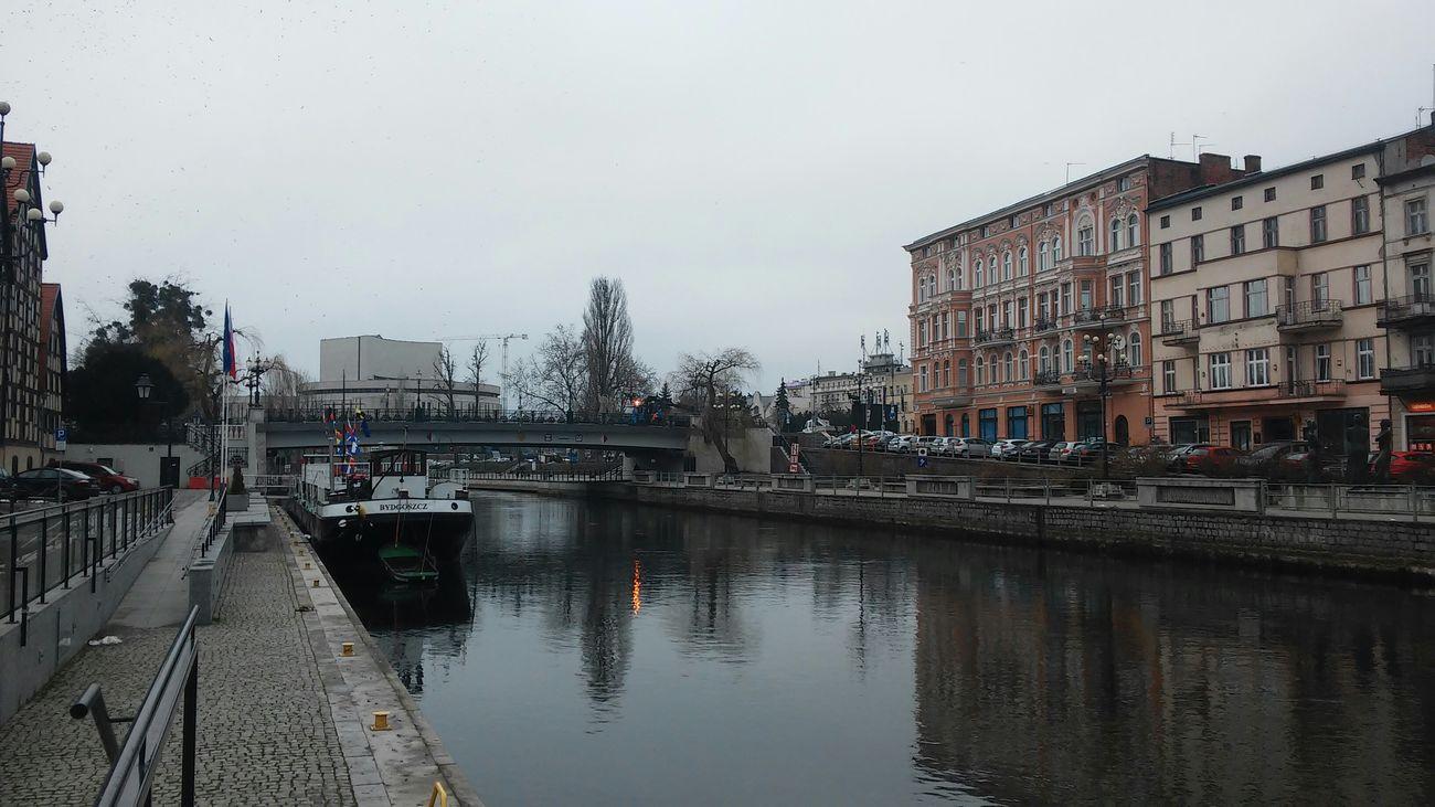 Brda River Bydgoszcz Stroll Cloudy Day