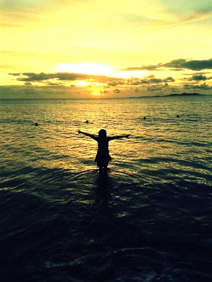 Sunset_collection Sunset #sun #clouds #skylovers #sky #nature #beautifulinnature #naturalbeauty #photography #landscape Sunsetlover Sunset_captures Sunset_madness Sunset View. Sunsetfiji Fijilife Fiji Home