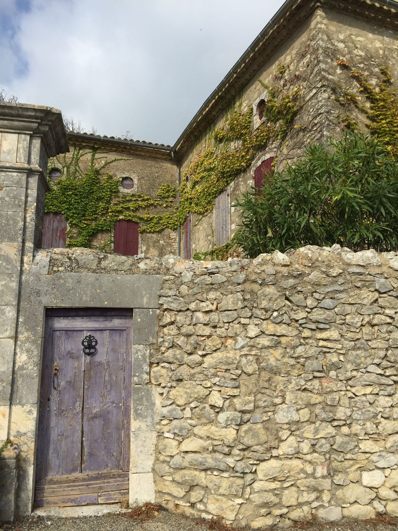 France Occitanie Gard Lussan Village Village Life Enjoying Life Built Structure Architecture Building Exterior No People Day Outdoors Ivy Nature