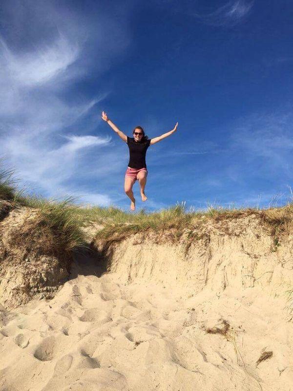 Prendre un peu de hauteur ! Jump Summer Beach Sun Manchetourism Picoftheday Women Nature Life