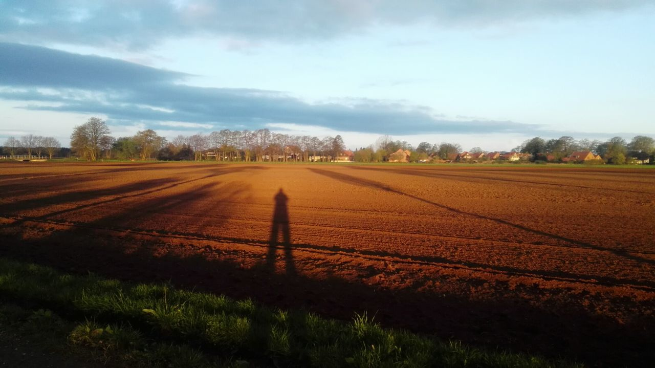 Selfie 😁...... Field Cloud - Sky Landscape Beauty In Nature Sky Agriculture Morning Light Sonnenaufgang Beauty In Nature Morning Morning Sky