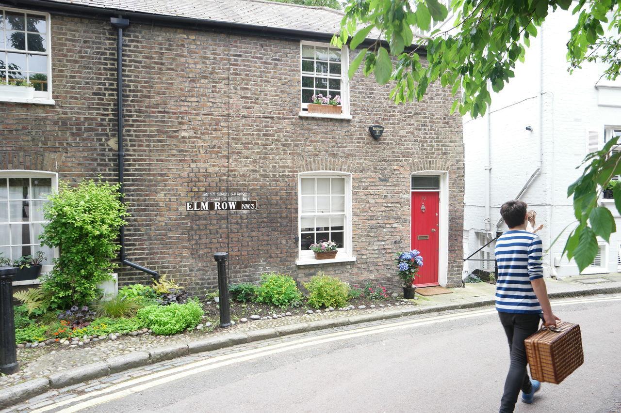 English Hampstead Heath Quaint  Street Traditional