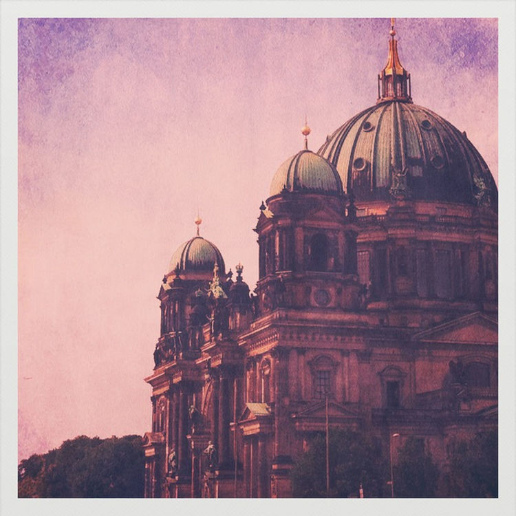Being a tourist in Berlin by Nadia Boegli