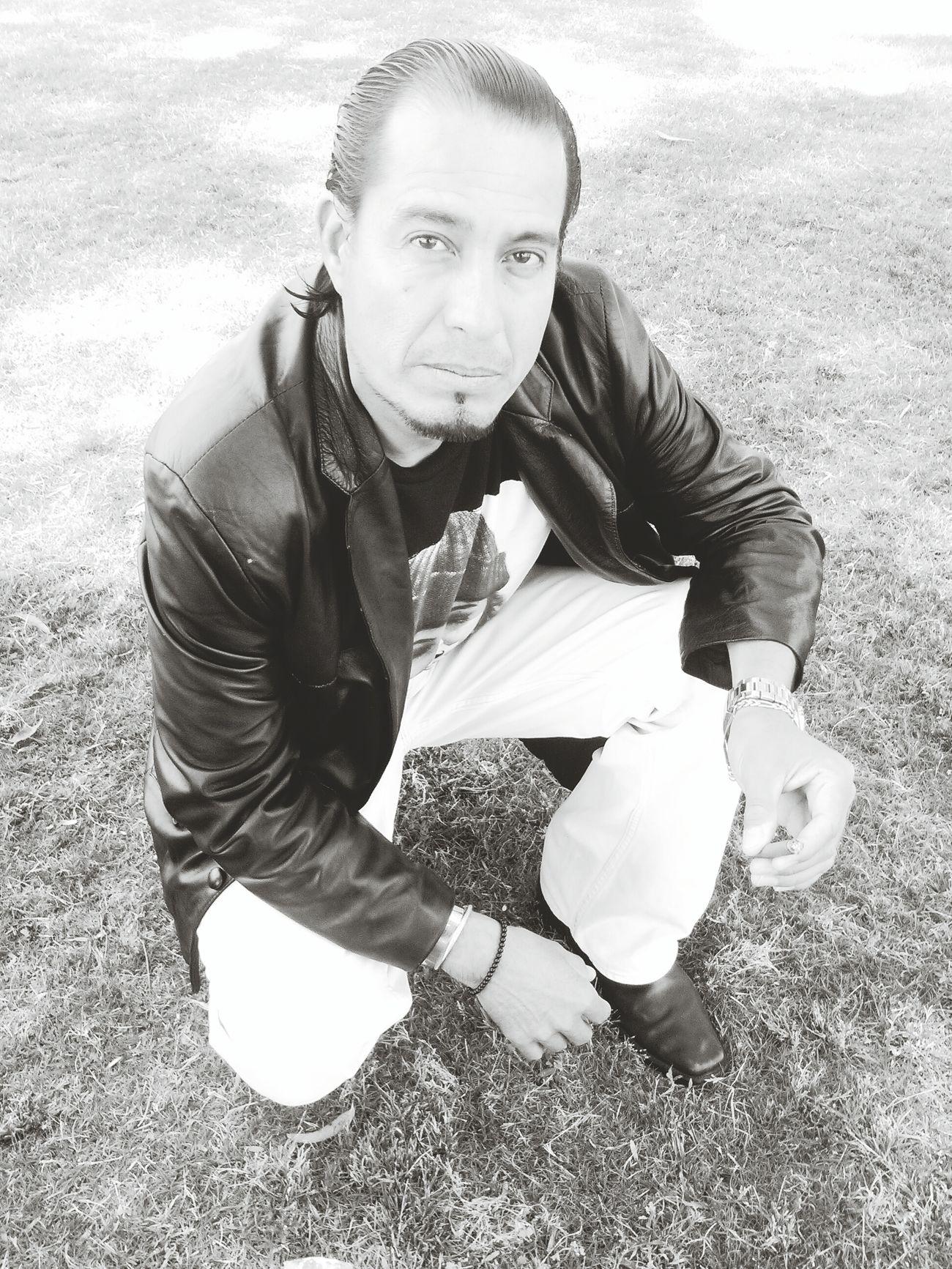 Asawa Esposo Mahal Relaxing Check This Out Hanging Out Hello World Shades Of Grey