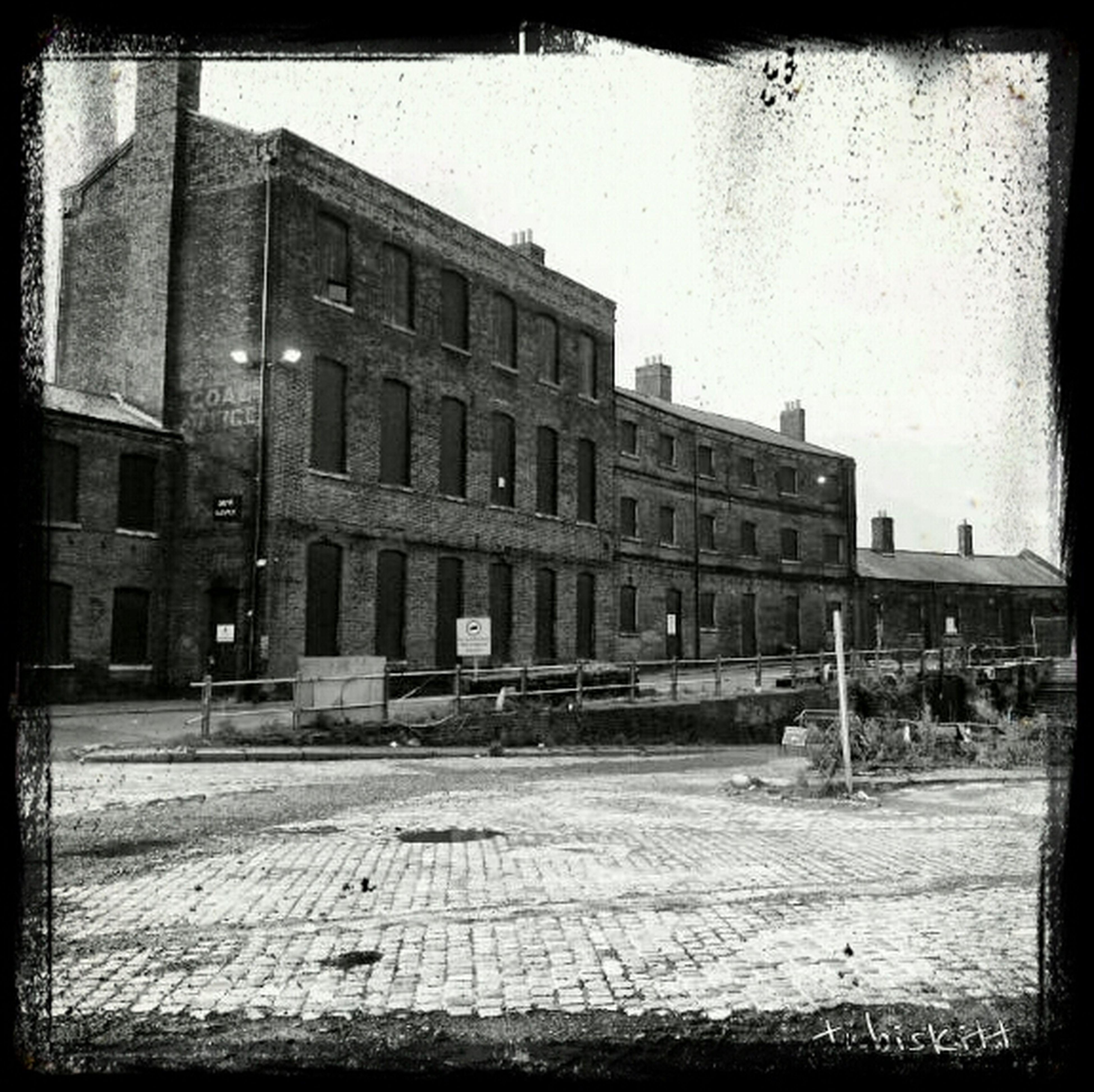 Black And White Restoration London