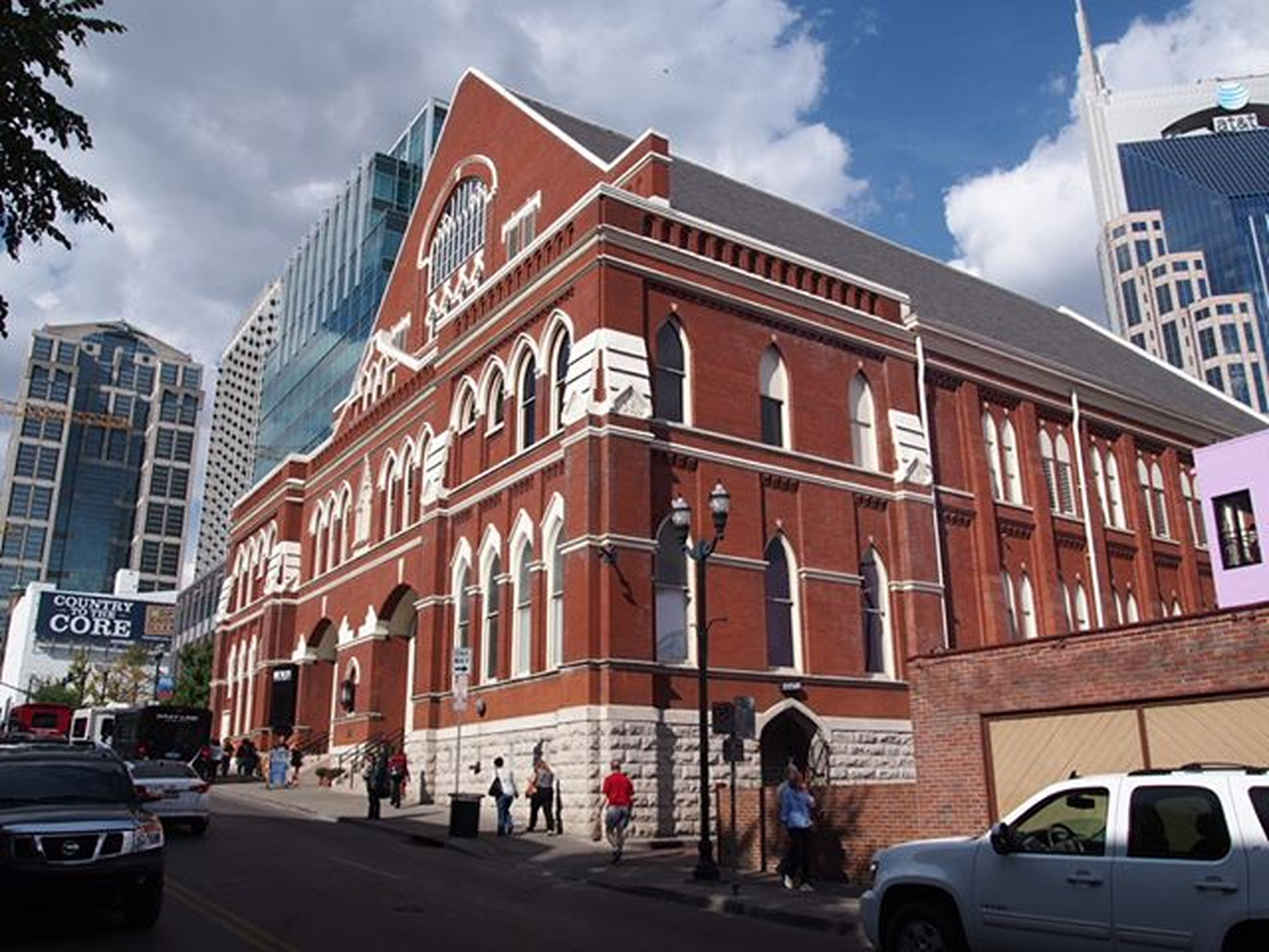 @theryman in Nashville, seeing the routes of bluegrass and country music ------------------------------------- Nashville NashvilleTN Theryman Therymanauditorium History Musichistory Musicalhistory Musiccity Musiccityusa Olympus Cloud Clouds Cloudporn Wanderlustcontest Explorenashville Exploretennessee Historical Country Bluegrass