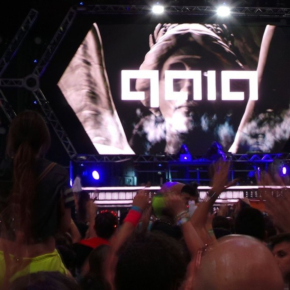 """Gaia"" aka @arminvanbuurenofficial on the decks at ASOT650US ULTREA2014 wow what a dirty, dirty set of stupendous Trance !"
