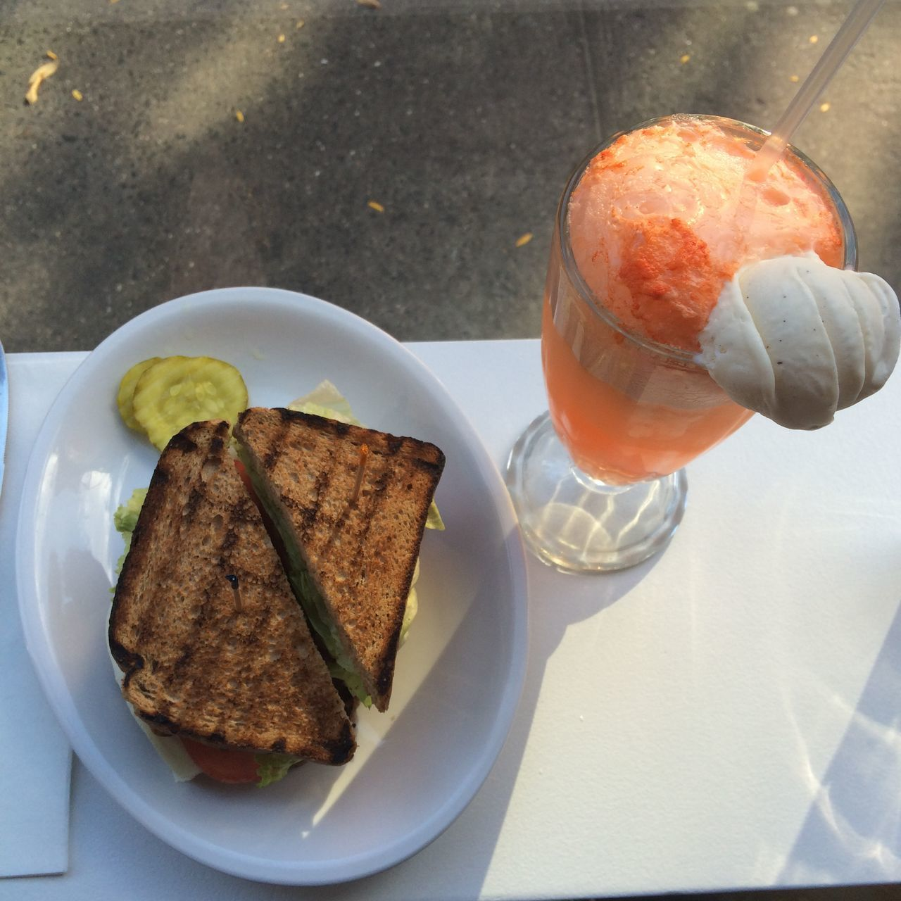Toasted Bread With Carrot Juice