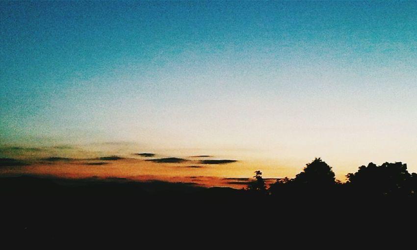 Nature Sky Sunset Photo Photography Photooftheday Sky And Clouds EyeEm EyeEm Nature Lover EyeEm Best Edits MyGallery Lovesunsets Lovesun Orange Yellow White Blue 😍😍😍😍😍😍😍😍😍😍😍😍😍