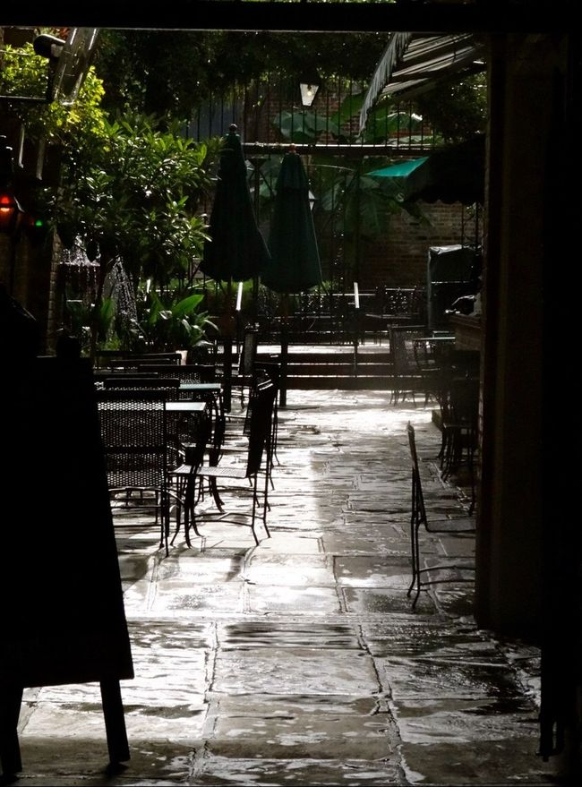 NOLA New Orleans Cafe Beignet  Peaceful