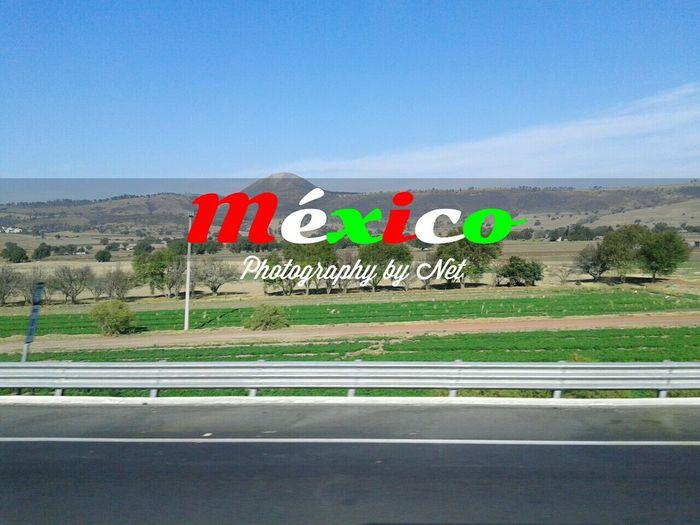 Orgullosamente Mexicano!! / Proudly Mexican! :3 Enjoying Life Teotihuacán Pyramids Teotihuacan_way Followme Mexico_maravilloso Mexico De Mis Amores Mexico Y Su Naturaleza Beatiful Great Day  Net_Photographics