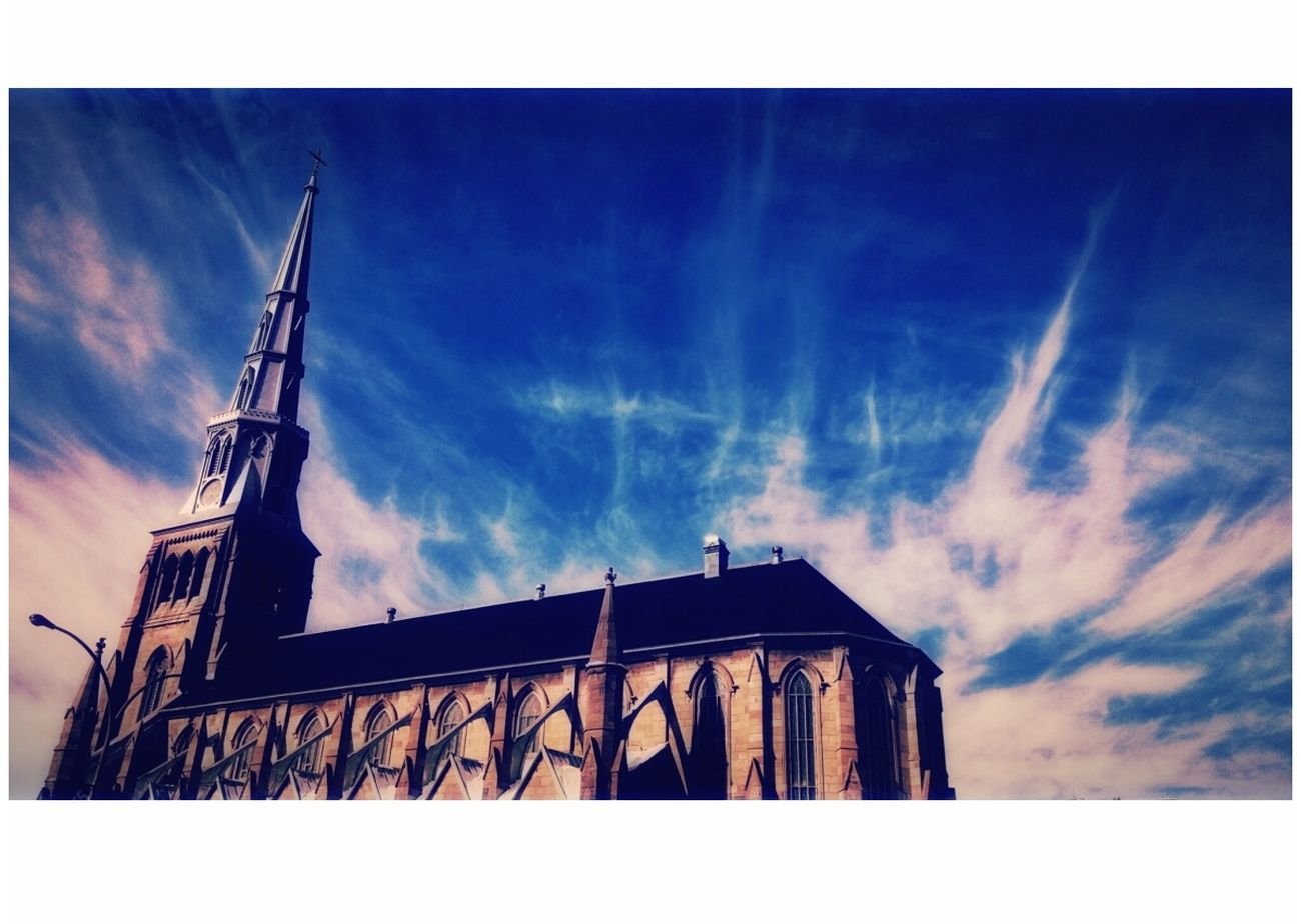 Weathers and Monument WeatherPro: Your Perfect Weather Shot Weather Monument Architecture Architecture_collection Architecture Photography Outdoors❤ Eglise Gallery Eyeem Canada EyeEm Week Catholicism Sky EyeEm Best Edits
