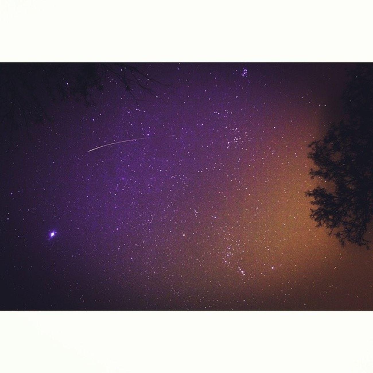Take me now so I can wake up and drift away... Seeingstars Lightpollution Shootingstar Nightsky Starporn Tucson Latergram