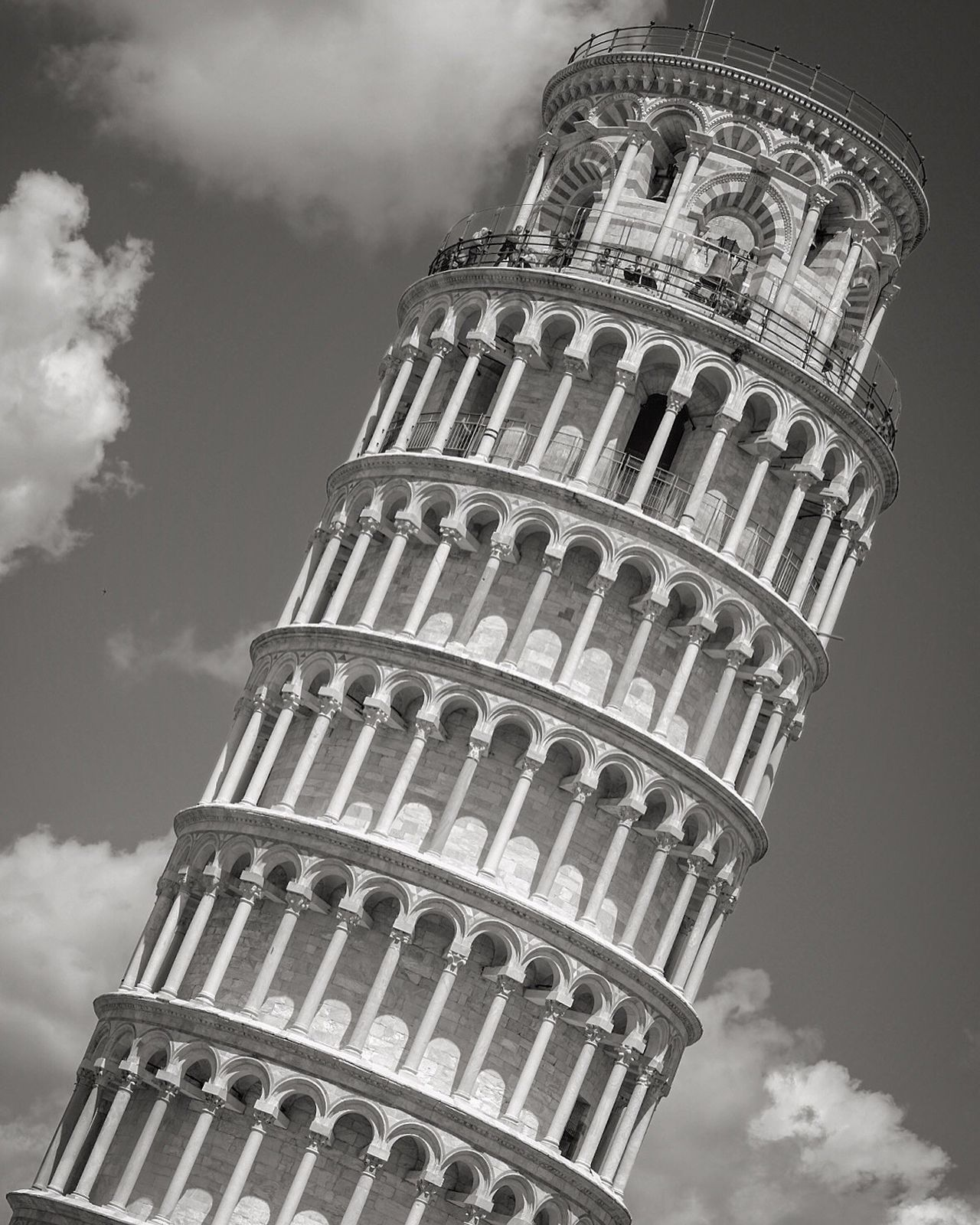 Italia Exterior Pisa Leaning Tower Of Pisa Tuscany Toscana Architecture Low Angle View Bell Tower Blackandwhite Photography Blackandwhite History Holidays Tourist Attraction  Tourist Travel Destinations Religious Architecture Religion Tourism No People Fujifilm_xseries Outdoors Fujifilm Built Structure Travel