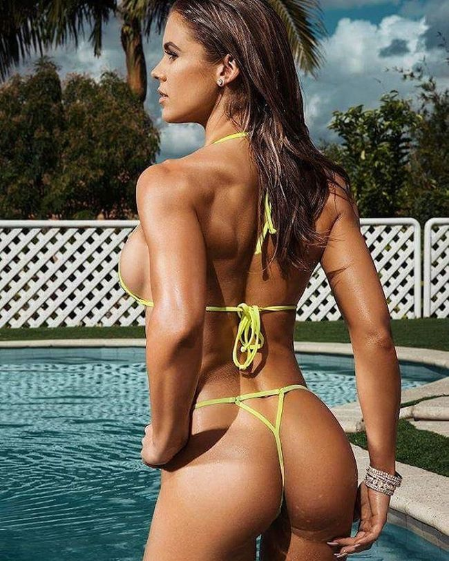 Fiona Fitnessmodel Fitnessaddict Fitspo Swimsuit Swimwear Workout Hair and Makeup by @amybradymakeup Photography by Danbrady @danbrady.co @modelmodele Modelmodele