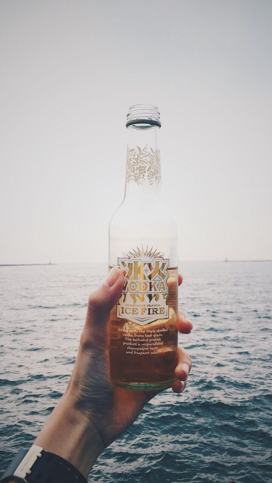 Drink by the beach. ❤️ Beach Champagne Sea Ocean Vodka🍹 Relax 西子灣 Taiwan Ice Fire
