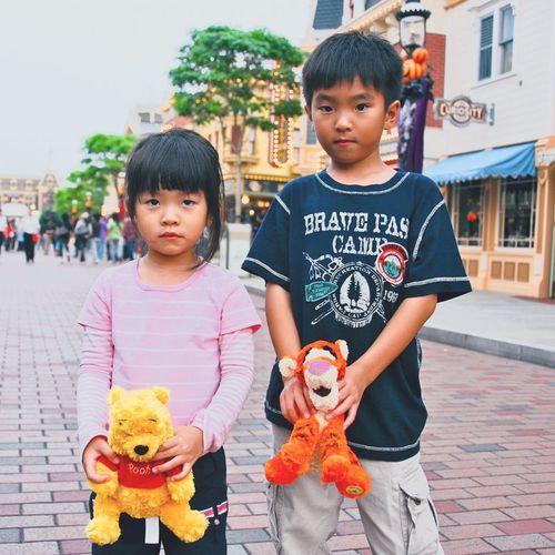 🙈🙈 stay safe in beijing 💓 Boys Child Togetherness City Childhood Bæ <33333 Love CuteAF Theme Park Photography