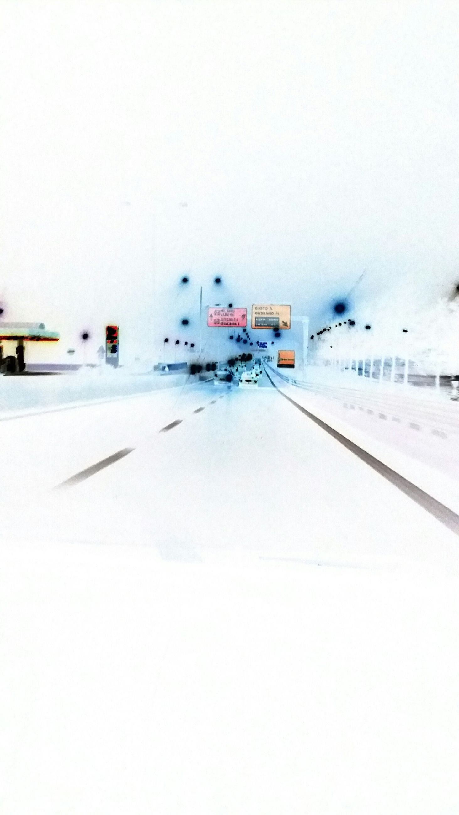 snow, winter, cold temperature, copy space, transportation, weather, clear sky, season, white color, road, mode of transport, the way forward, covering, snow covered, white, frozen, land vehicle, car, outdoors, built structure