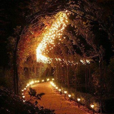 Whu wud nt lyk walking wid ur luvd one's on dis rd😉Loveit Light Night Bae  Ufff ...💕