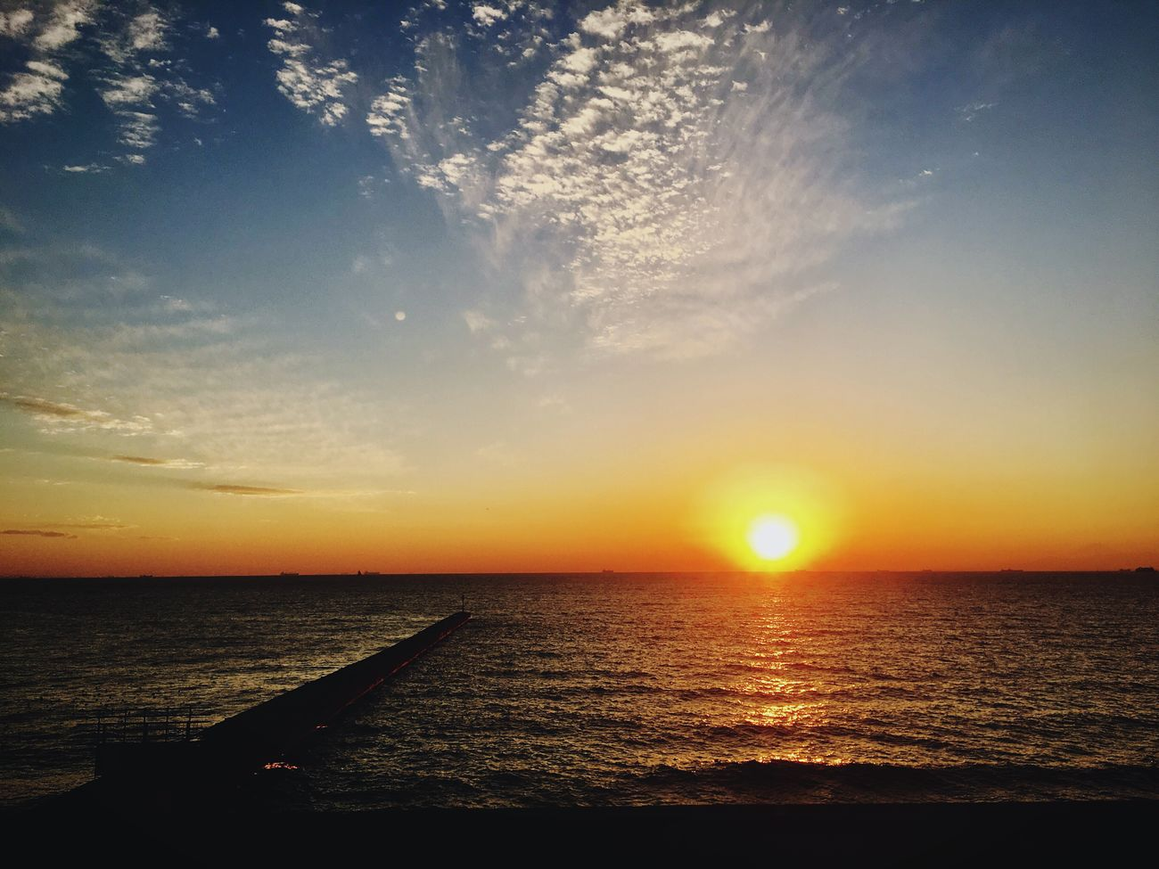 Sunset Water Sea Sun Beauty In Nature Nature Scenics Sky Horizon Over Water Sunlight Orange Color Tranquility Outdoors Tokyo Chiba Japan Tokyo Bay Ocean View
