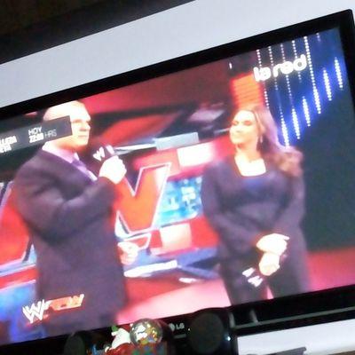 LaRed eres hermosa! ♥ Lared Wwe Raw Kane  lucha libre