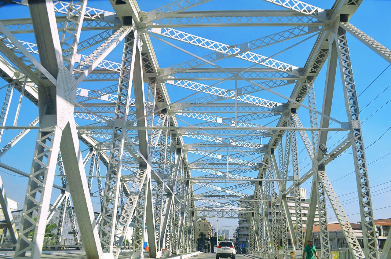 Ayala bridge Philippines Manila City Photooftheday Vscocam Bestoftheday Architecture Sky Blue Sky Photo Fotografia VSCO Eye4photography  EyeEm Best Shots Vscophile Eyeem Philippines Instagood Vscogrid Vscogood VSCOPH Vscohub Vscophilippines Bridge Ayala People