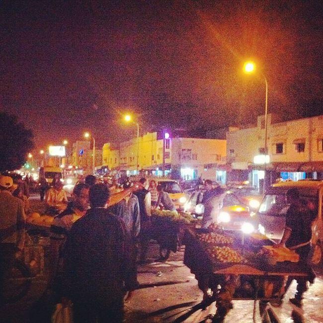 Vendeurs Souk Agadir Maroc