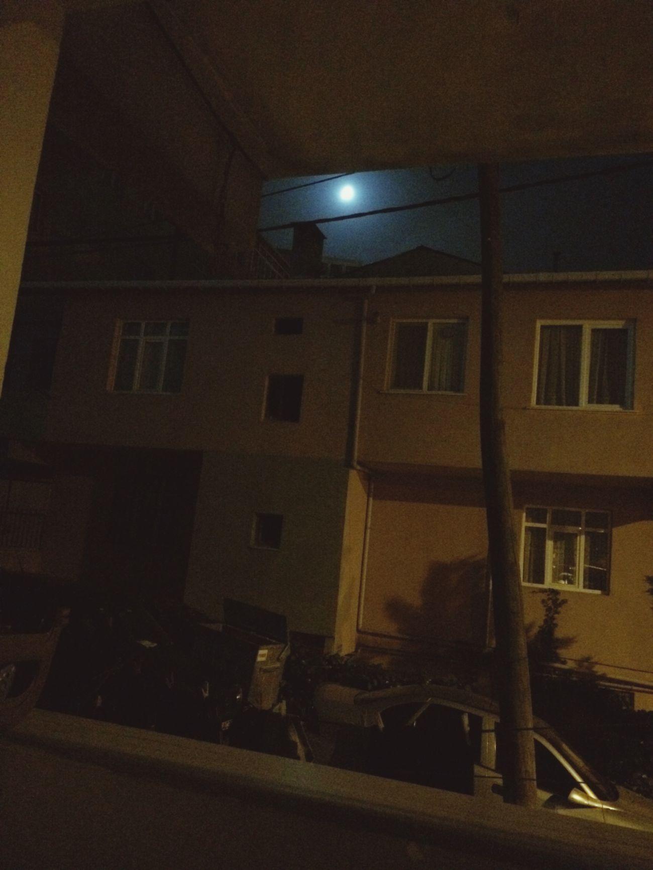 Gece yarım ayı izlemek..✅😉