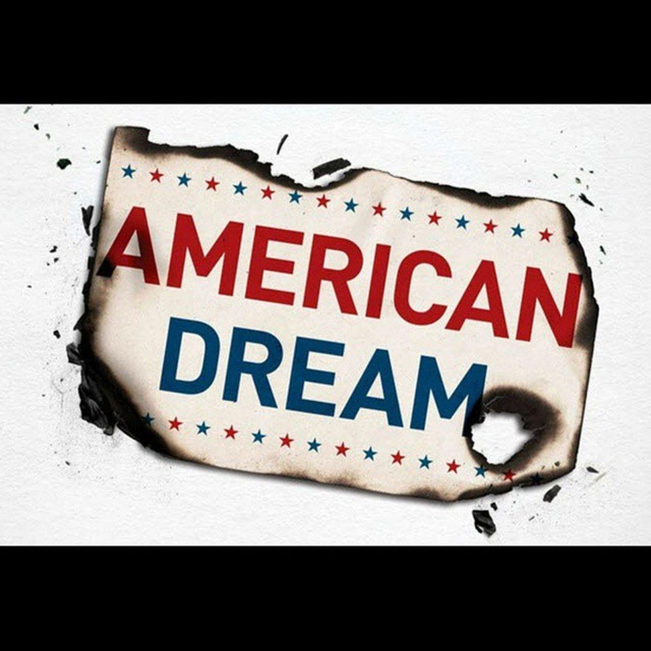 . . . رویای خام : روی دیگر رویای_امریکایی . . (Face off American_dream ) . . . ایام جوانی به دوران آرمانگرایی و رویاپردازی شهره است و شاید زیباترین ویژگی جوانی نیز همین خصلت زیبا باشد اما تا چه حد رویا پردازی صحیح و مفید است و زندگی را با چالش های غیرقابل کنترل روبرو نمی کند ؟ . شخصا تعداد زیادی از دانشجویان را از جنسیتها و سطوح مختلف علمی و اجتماعی می شناسم که مهاجرت و خروج از کشور آرزوی هر لحظه آنها است که غالبا این دلبستگی موجب تحمیل هزینه های مالی و روحی فراوان به خانواده هایشان می شود . در اینجا قصد نقد این عزیزان را ندارم اما این مطلب شاید برای مطالعه ایشان مفید باشد : http://goo.gl/vHIbnu . مهاجرت . پناهندگی . نوید_کمالی . American . Immigration . Navidkamali . Nkamali_ir . USA