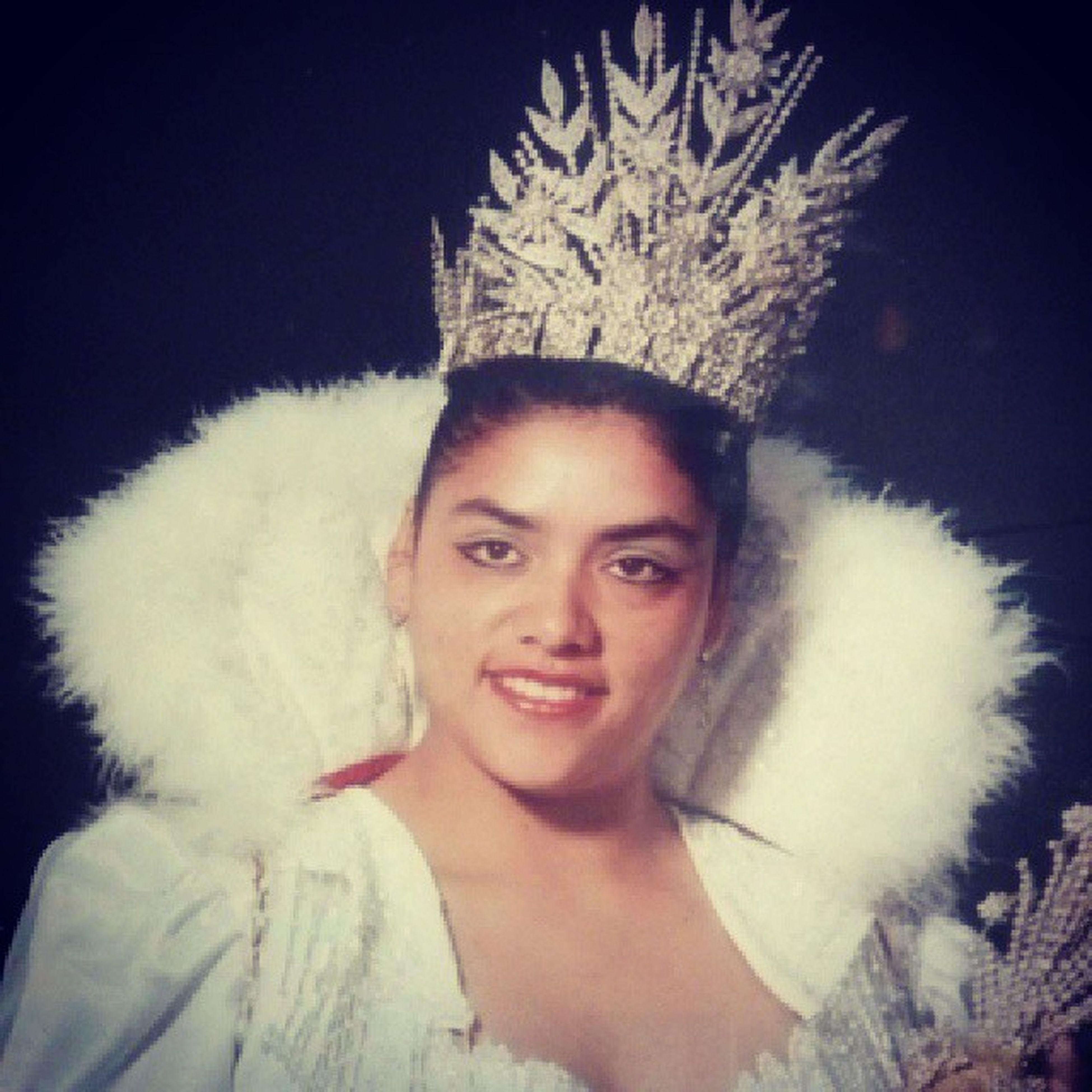 Ella la mas bella reyna que ha tenido Santa Lucia..... Aajuuuaaa YoconMague ........