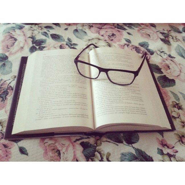 Book Books Libri  Leggerecambia meliveviaggioconlamenteesplorareletturasummer2014letturesummertime rilassarsirelax