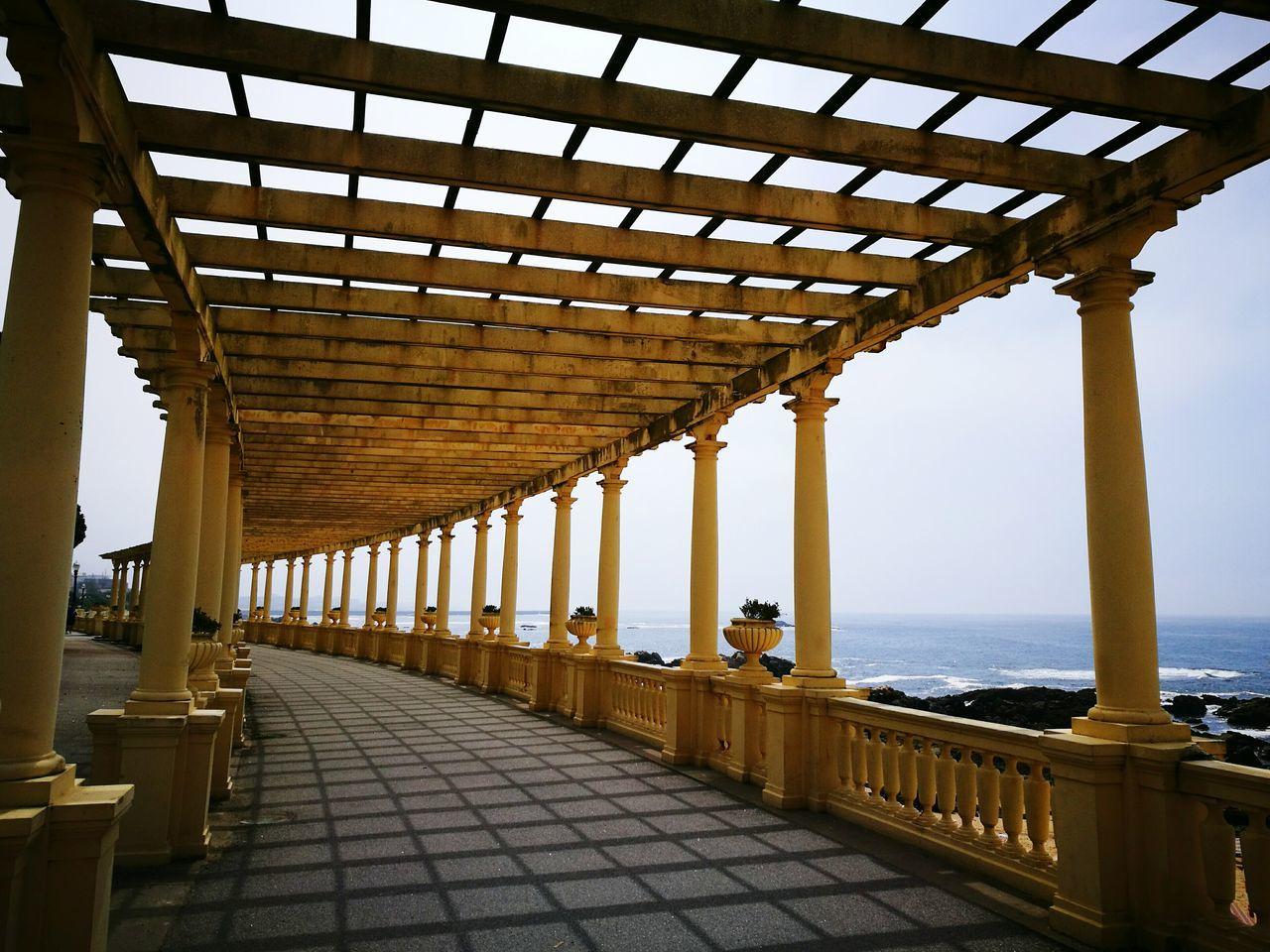 Porto Portugal Walking Around Enjoying The Sun Sky And Sea Streetphotography Romantic Columns Pergola Geometry