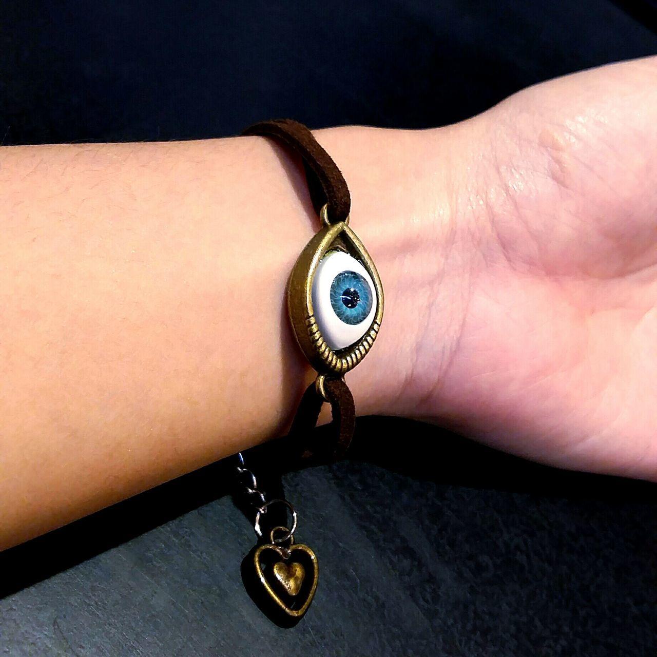 Eye Accesories Jewellery Bracelet DIY Vintage Accessory Photo Photography Lady Woman Close-up Bangkok Bkk Thailand Thailand