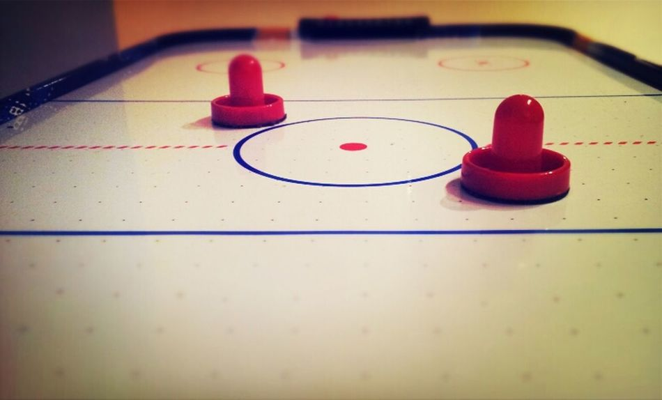 Focus Red Samsung Galaxy S II  Eye4photography  Eye4enchanting EE_Daily: Red Monday Air Hockey Paddles Lost Puck