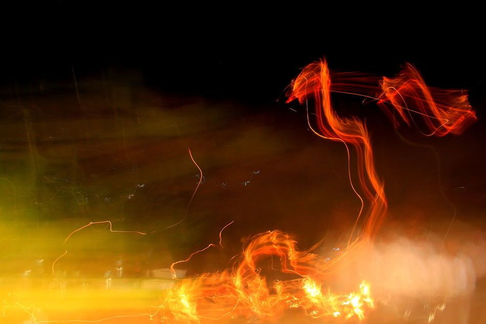 astratto Fire - Natural Phenomenon Glowing Illuminated Light Trail Long Exposure Motion Night Outdoors Sparks Speed