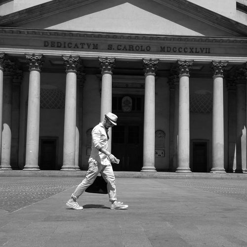 Architectural Column History Architecture Day People Adult One Person One Man Only Milanese Postmodern  City Fashion Fashionphotography White Outfit Allstars Blackandwhite