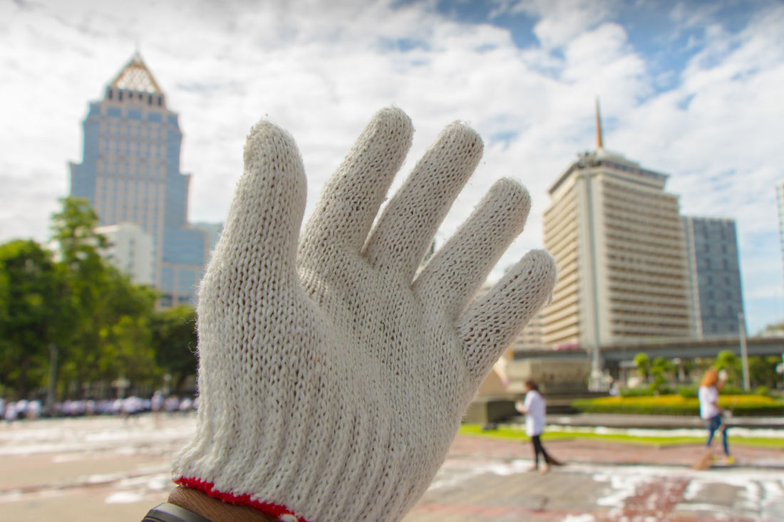White Glove Freedom Worker Hand Left Asian  Outdoor Day Park Activity Blue Sky Work Working Hard City Sharing A Moment Male Building Growing Better Better Life Poor  Labor Social Competition Seeking For