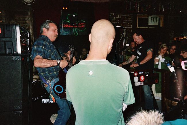 Mike Watt Music Photography  Badass Bassists Musicians Bass Player Awesome Music Belligerent Night Out Live Music