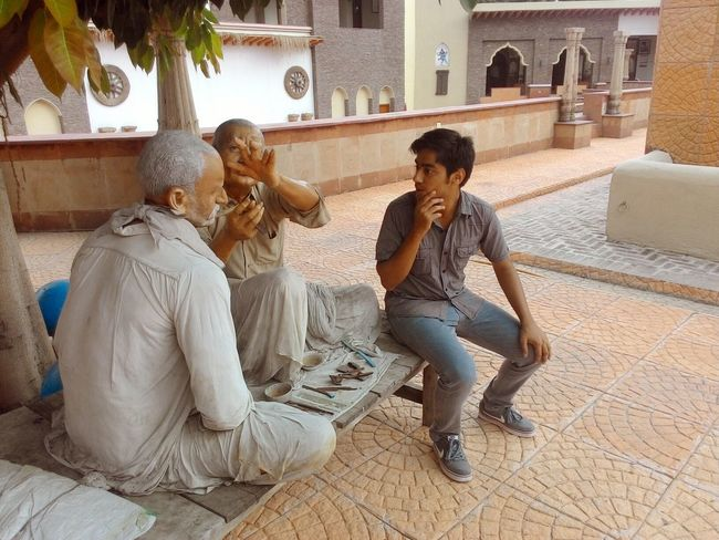 """""""Hmmm..... Let me learn too!"""" Thats what I'm saying to these sculptures at Museum of State History, Kurukshetra University. Thinking Just Thinking. . People Portrait People Working Having Fun People Photography Taking Photos Check This Out Haircut Time"""