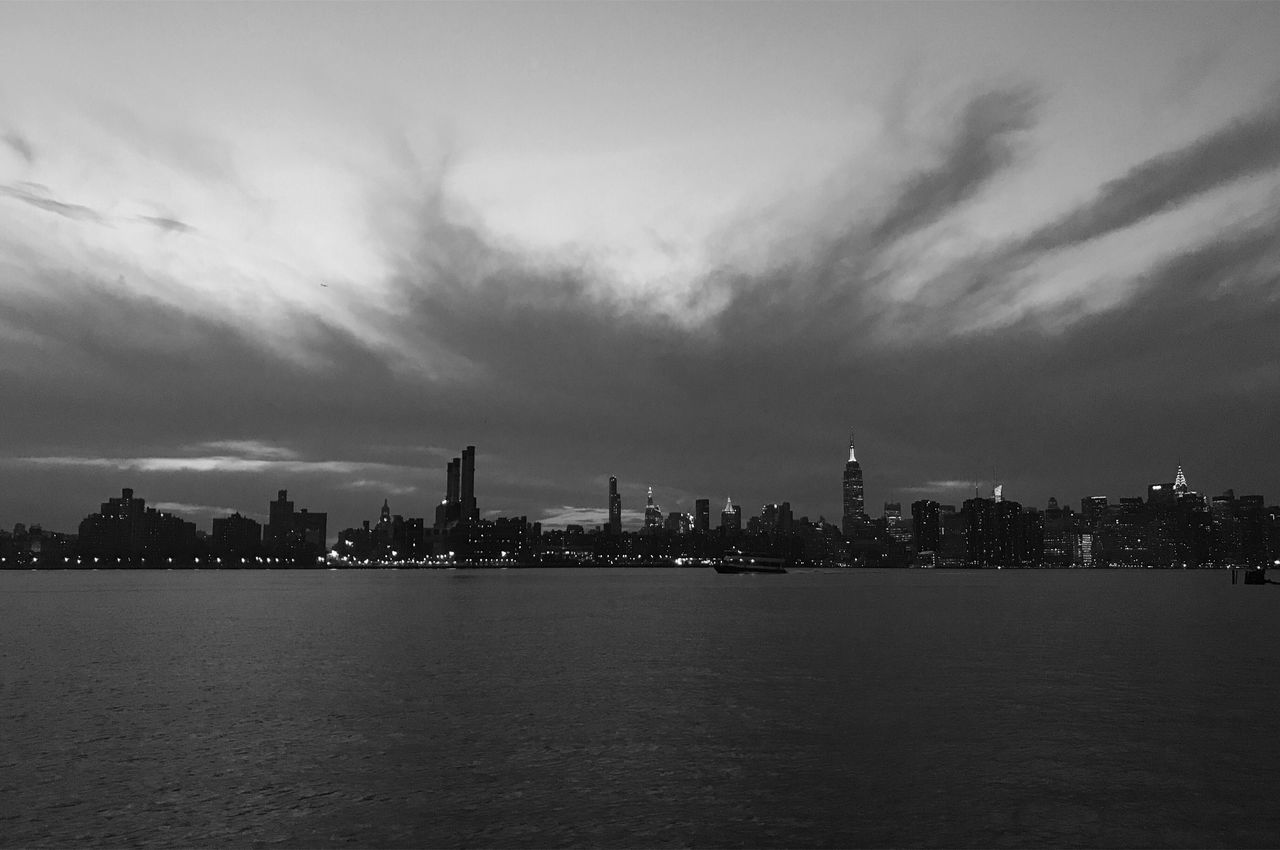 Manhattan NYC New York New York City Skyline City Urban Blackandwhite Bw Sunset Dusk Night Landscape Monochrome Buildings Lights Williamsburg Brooklyn