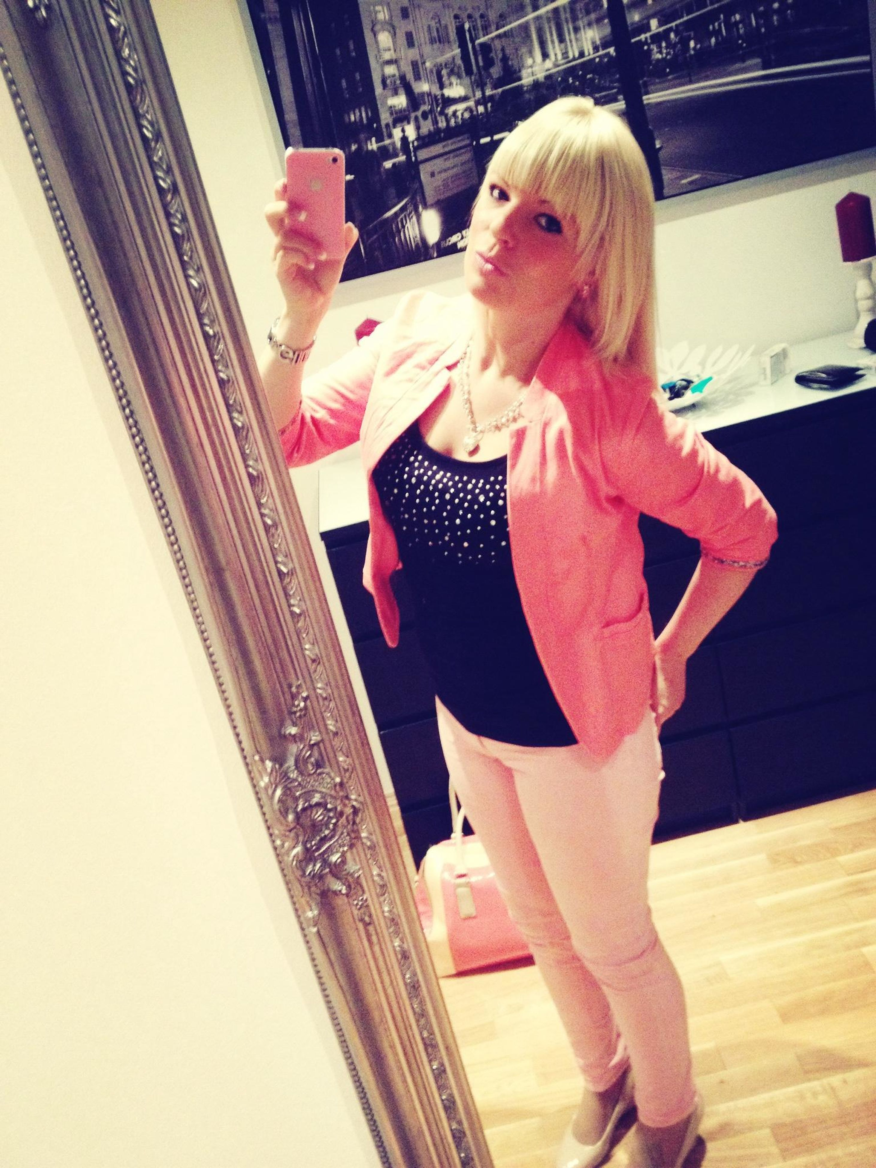 childhood, full length, person, elementary age, casual clothing, indoors, cute, lifestyles, innocence, girls, standing, leisure activity, blond hair, three quarter length, sitting, looking away, red, boys