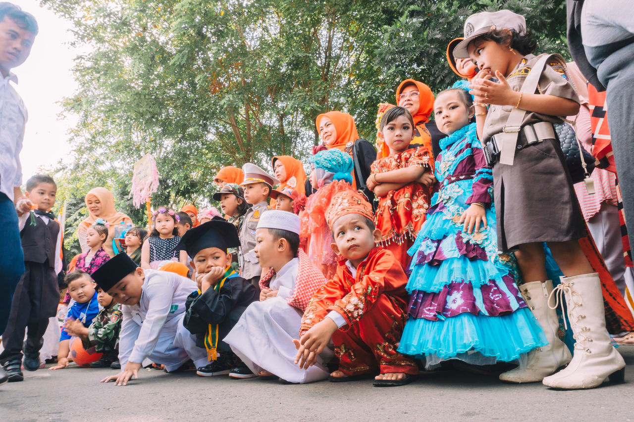 kindergarten carnival Adult Boy Boys Carnival Carnival Crowds And Details Celebration Celebration Child Crowd Day EyeEmNewHere Fun Girls Kids Kindergarten Large Group Of People Men Outdoors People Period Costume Traditional Clothing Watching Women