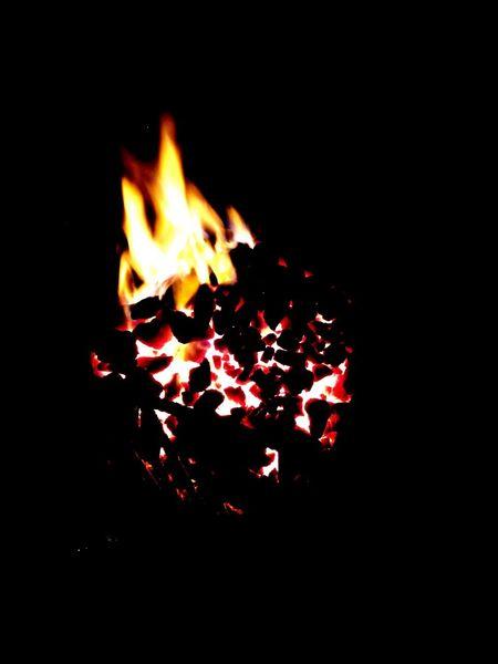 Flame Coal Coal Fire Fire Heat Embers Close-up Brazier Moto X Nightphotography Night Streetphotography Wasiak Blackbackground