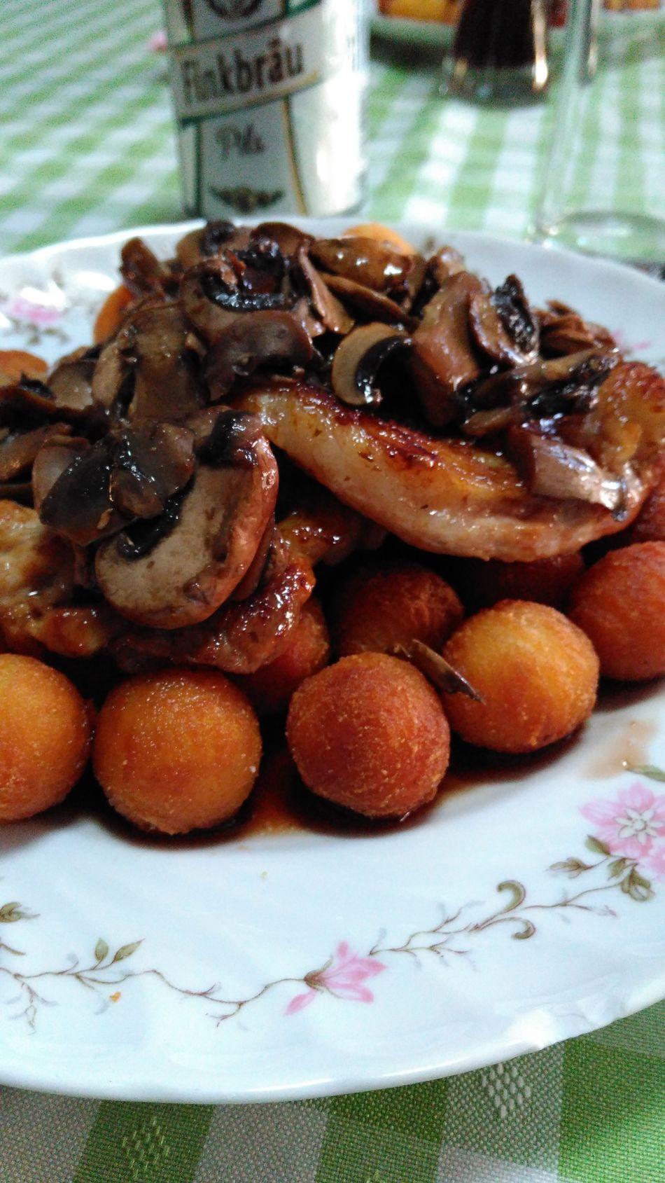 Food Foodporn Foodphotography Mushrooms Wine Sweet Wine