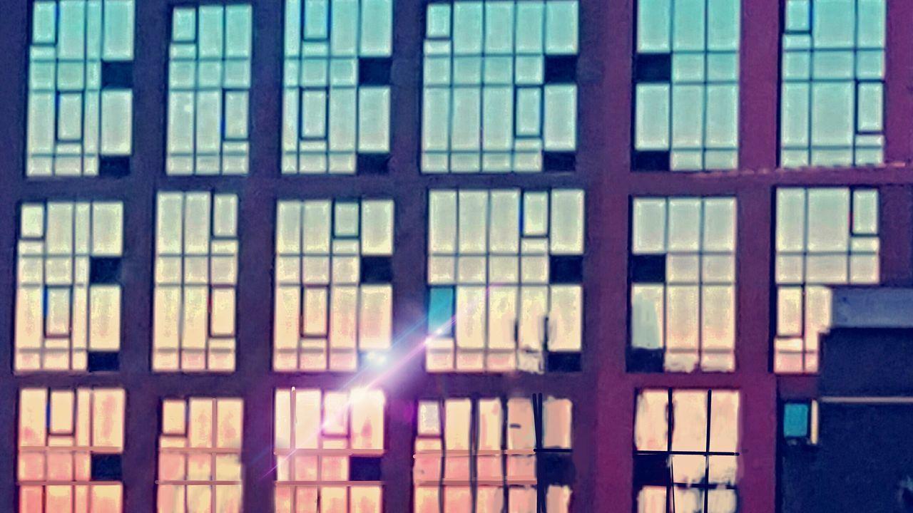 Glare On Windows San Francisco Skyline Shine Bright Light And Shadow Bright Buiding Windows Glass Reflection gl Glass Windows